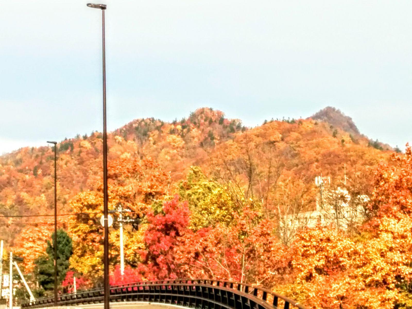 【定山渓】紅葉の定山渓観光案内です。
