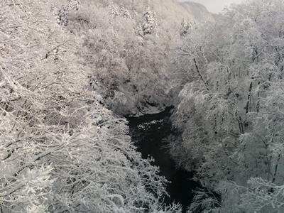 【定山渓】雪の定山渓時雨橋観光写真です。