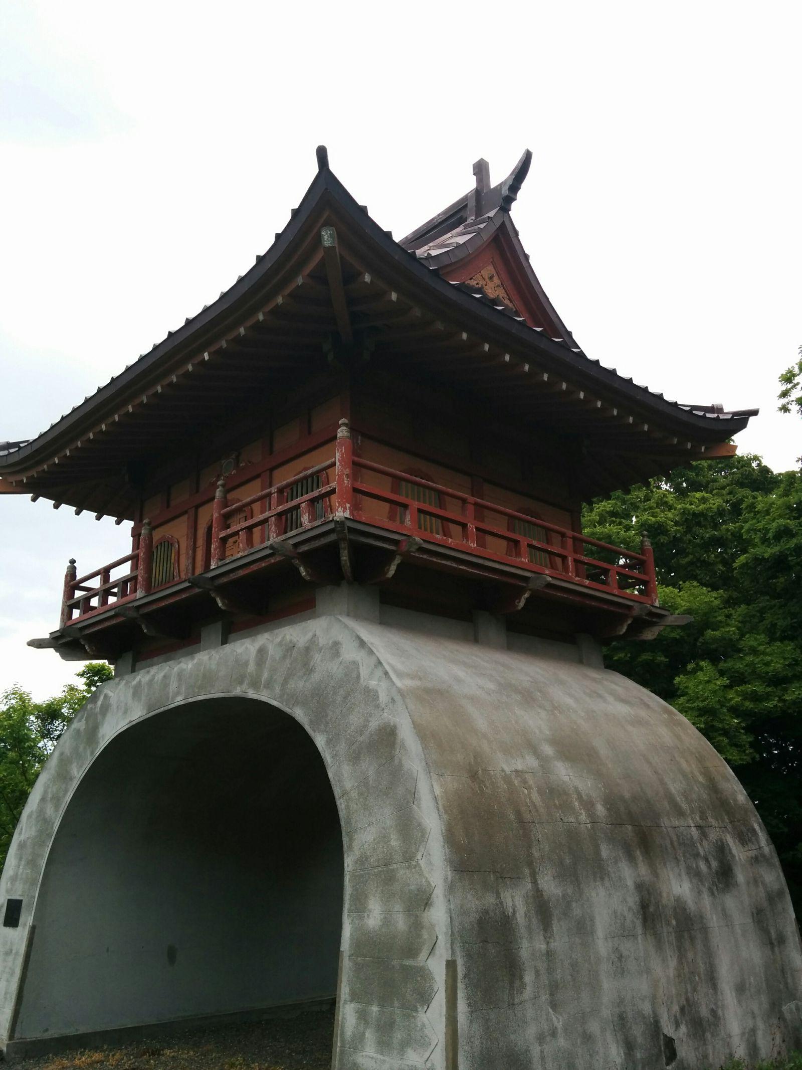 【小樽市】オタモイ海岸入り口・唐門と龍宮閣観光案内です。