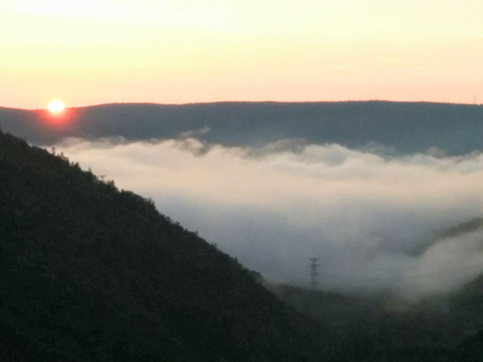 【小樽市】朝里峠の雲海観光写真です。