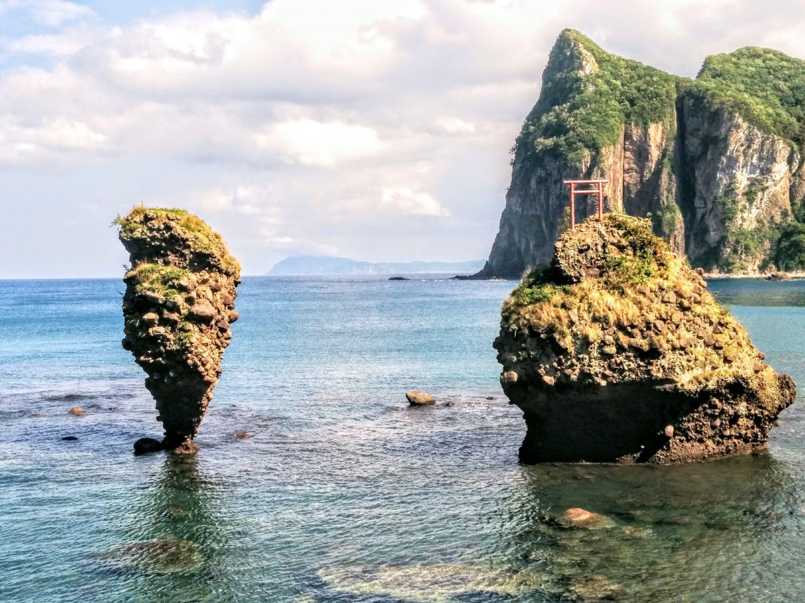 【積丹半島】恵比寿岩と大黒岩です。