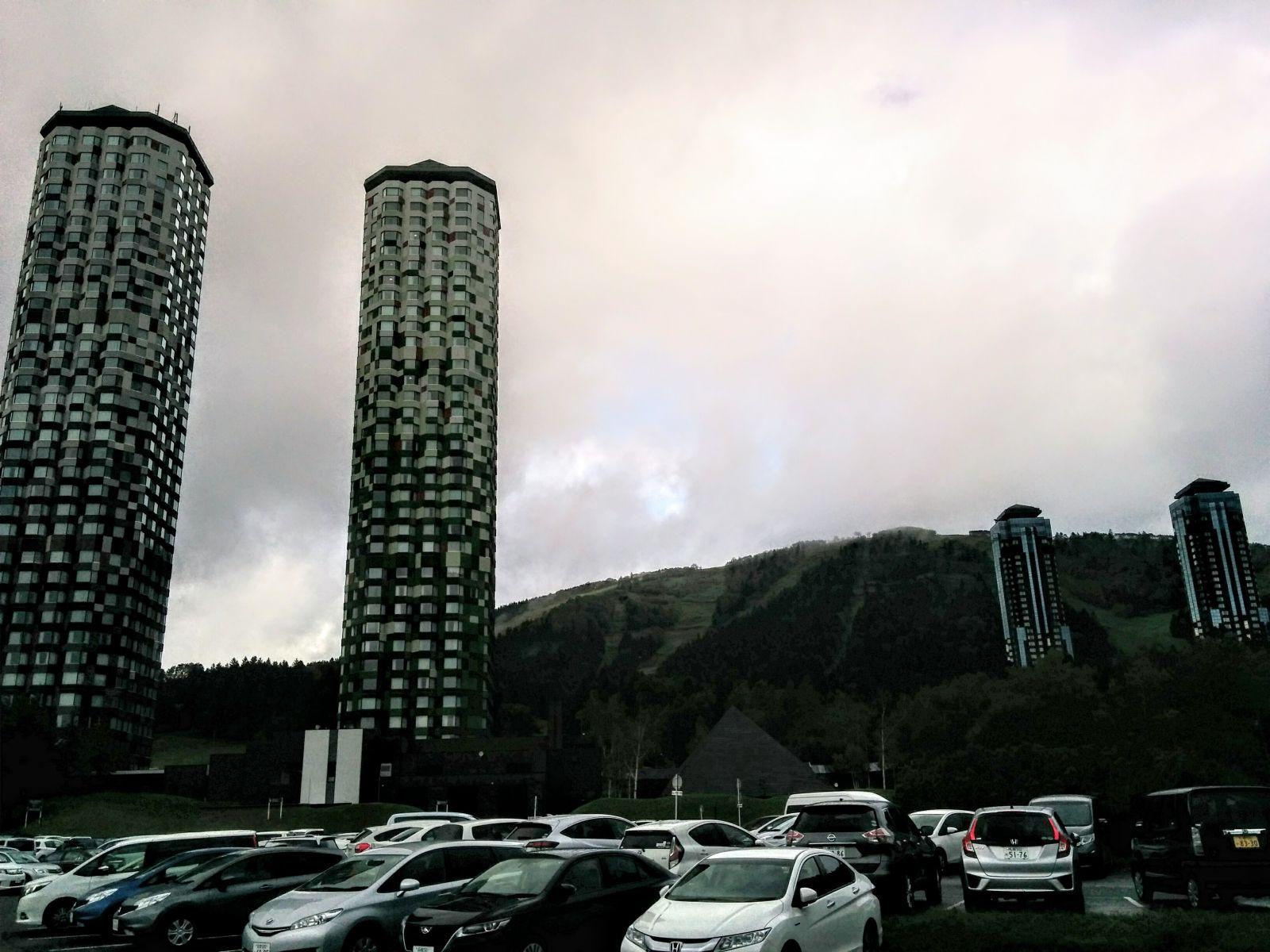 【トマムリゾート】秋の占冠村星野リゾートトマム観光タクシー