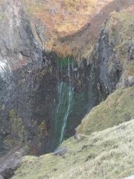 【知床半島貸切ジャンボタクシー】ウトロ灯台とフレぺの滝観光案内です。