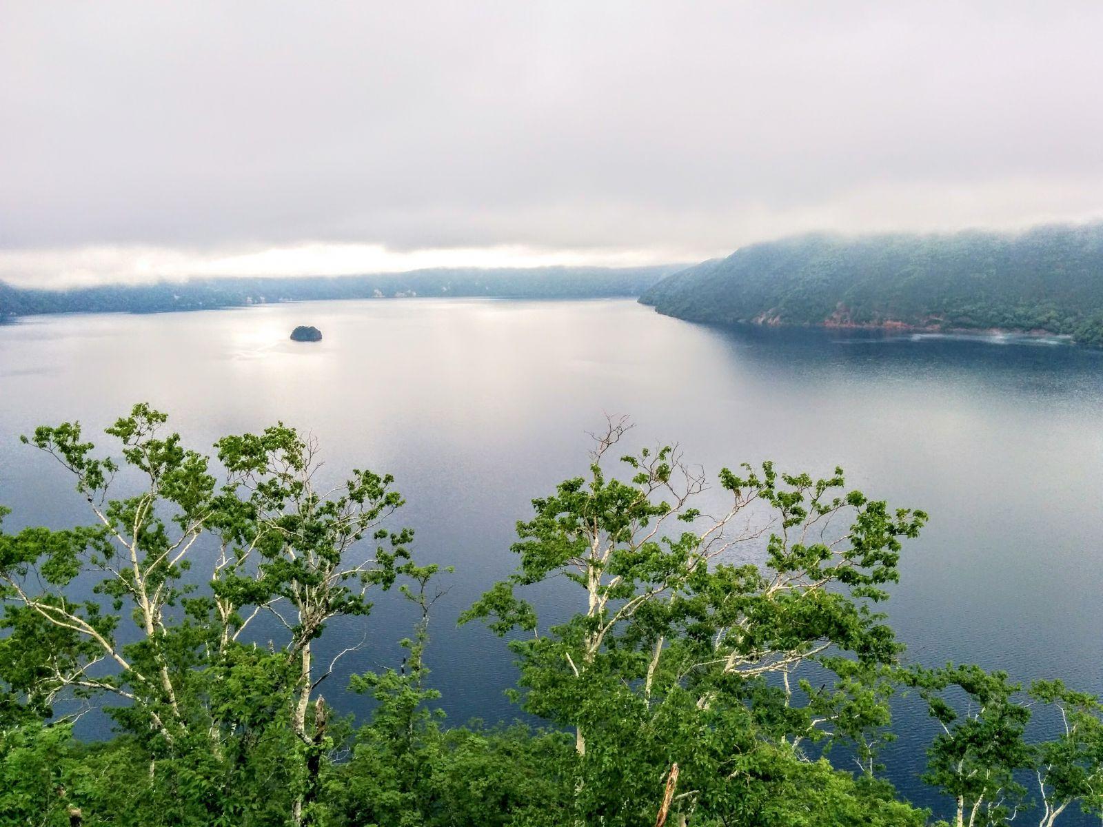 【摩周湖】摩周湖の伝説観光案内です。