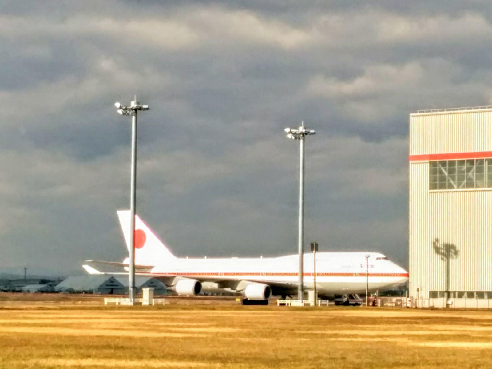 新千歳空港政府専用機の写真です。