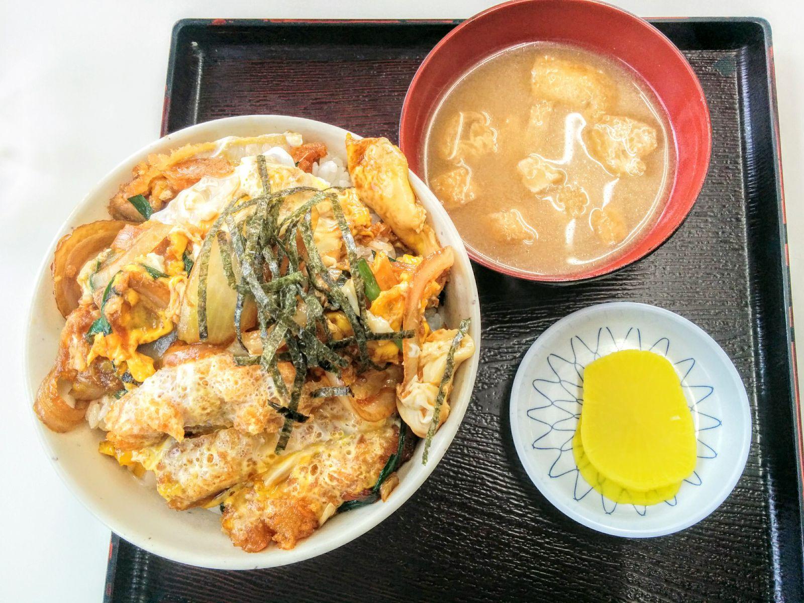 小樽港湾センター・ひら川食堂観光グルメ案内です。