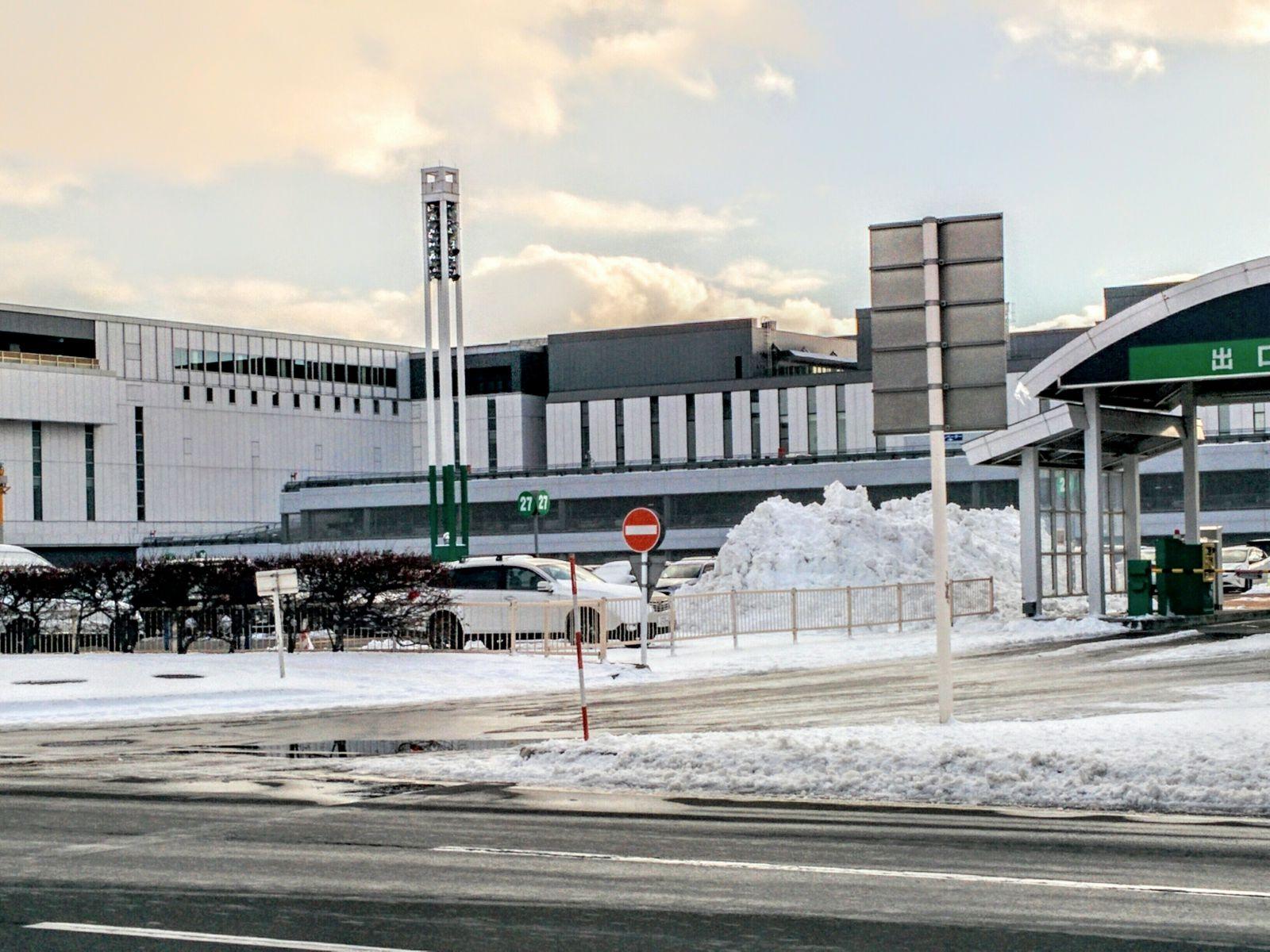 冬の新千歳空港観光写真です。