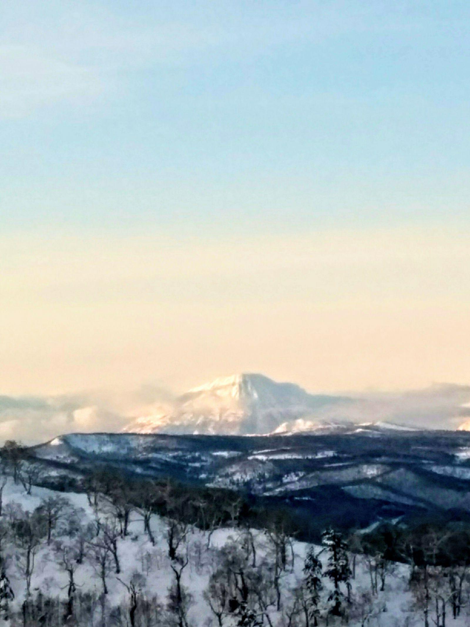【オロフレ峠】冬のオロフレ峠からの風景写真です。