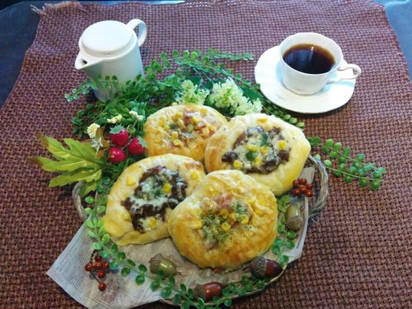 【小樽】お家御飯・今日のランチは総菜パンです。