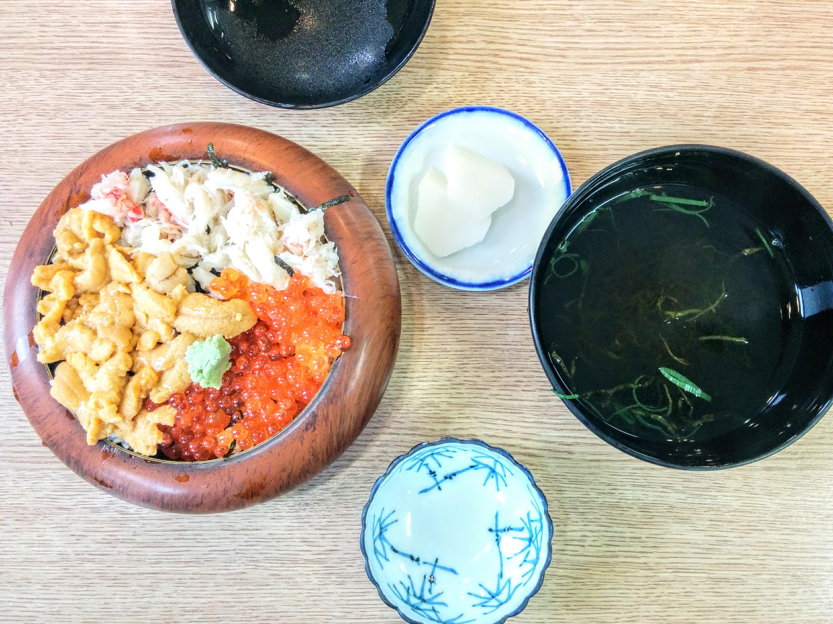 【積丹】まるてん・佐藤食堂しゃこたんなべ観光グルメ案内です。