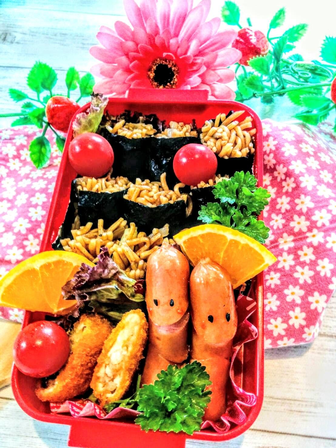 【小樽】娘の今日のお弁当・焼きそば海苔巻き弁当グルメ案内です。