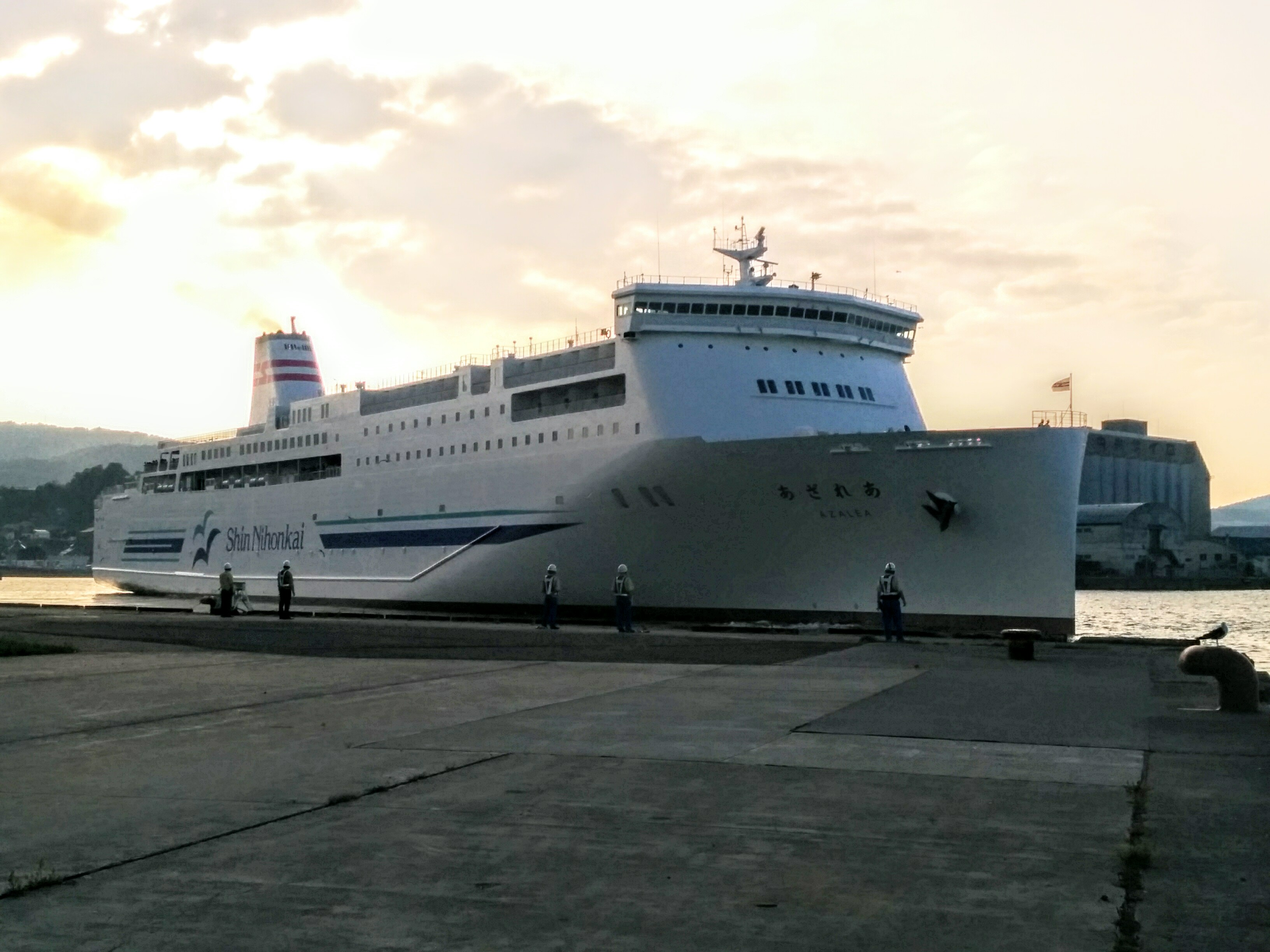 【小樽】小樽港での送迎観光貸切タクシー新日本海フェリーあざれあ観光案内です。