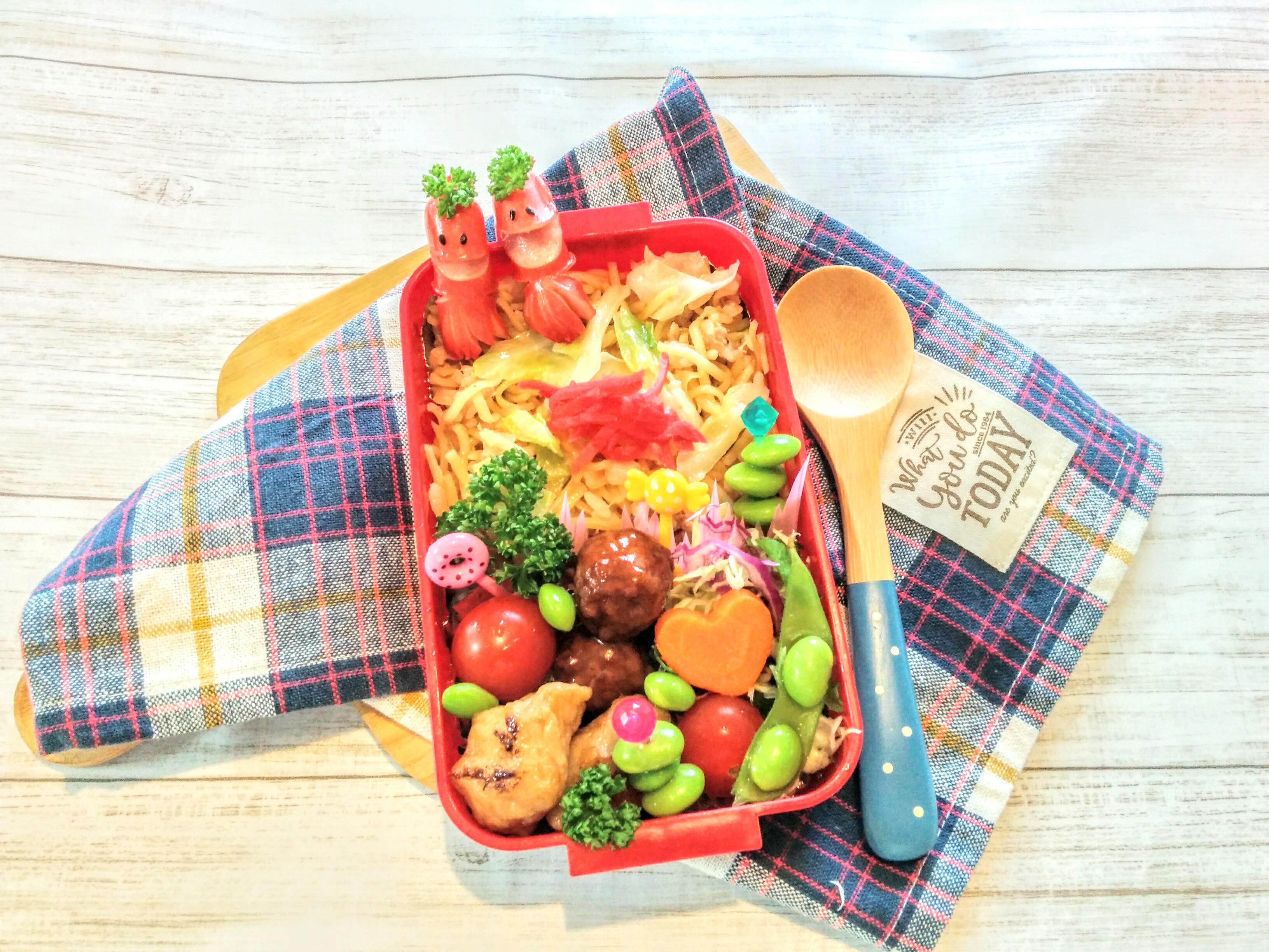 【小樽】娘の今日のお弁当・そばめし弁当グルメ案内です。
