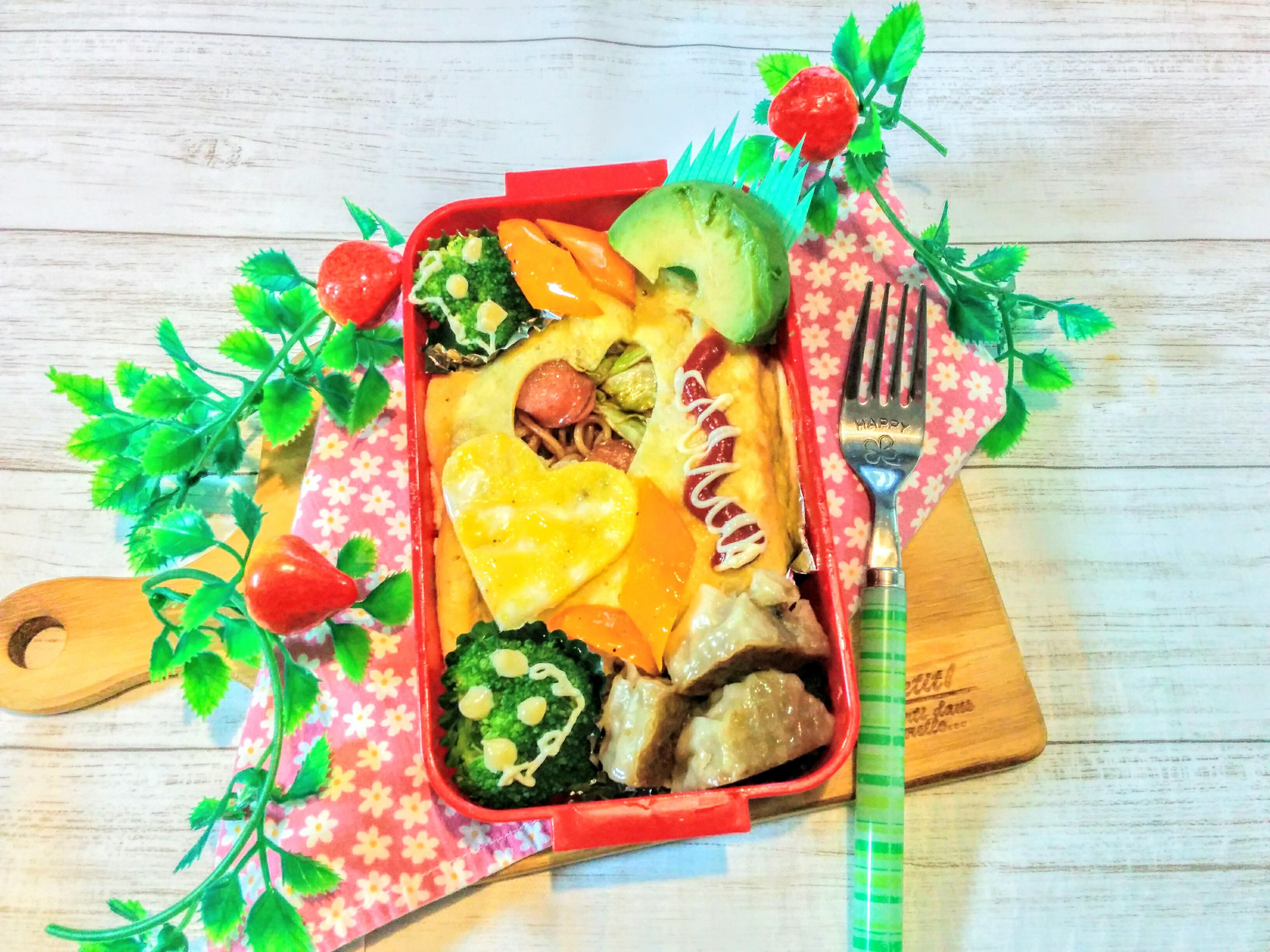 【小樽】娘の今日のお弁当・オム焼きそば弁当グルメ案内です。