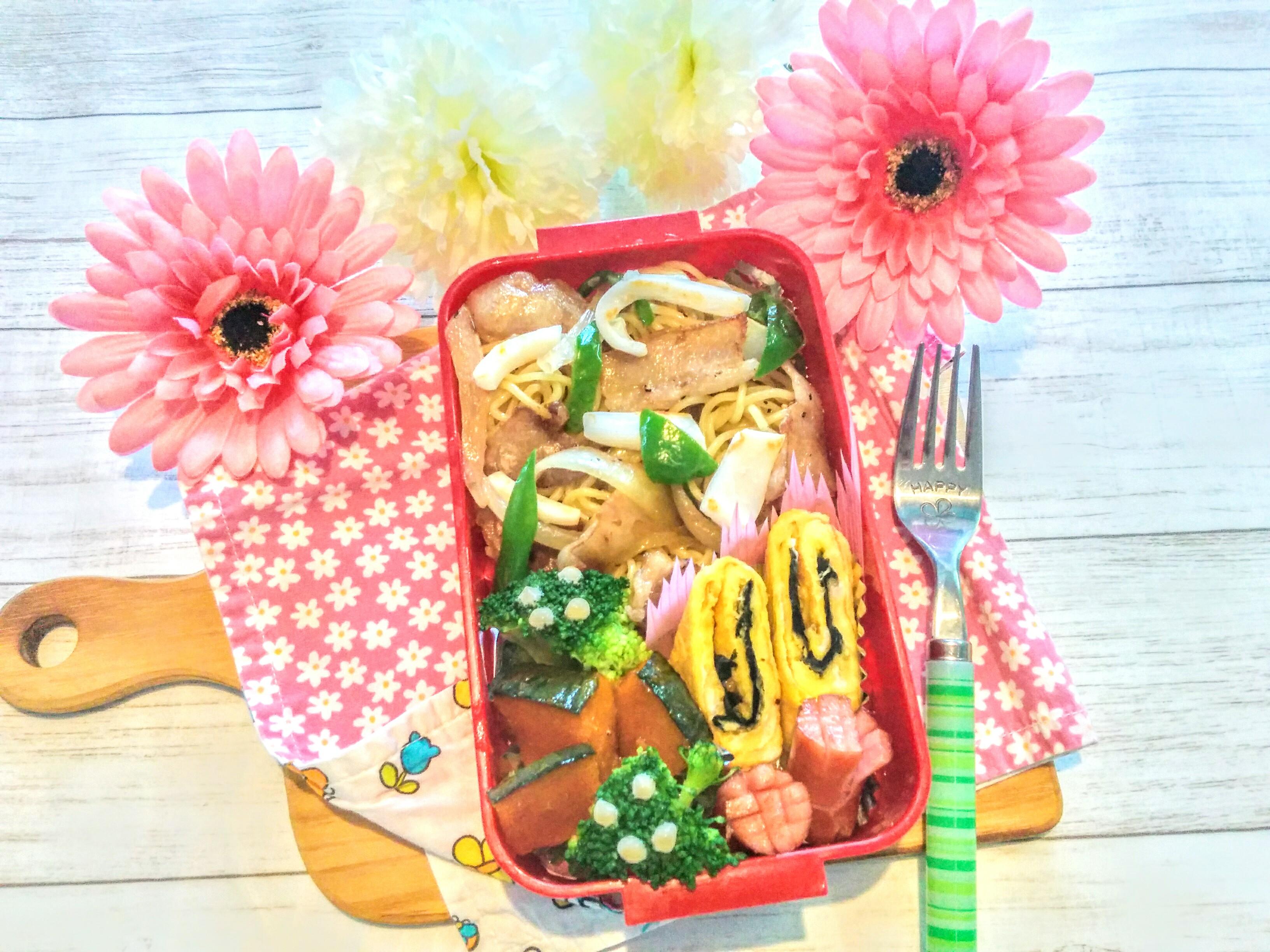 【小樽】娘の今日のお弁当・タイ風焼きそば弁当グルメ案内です。