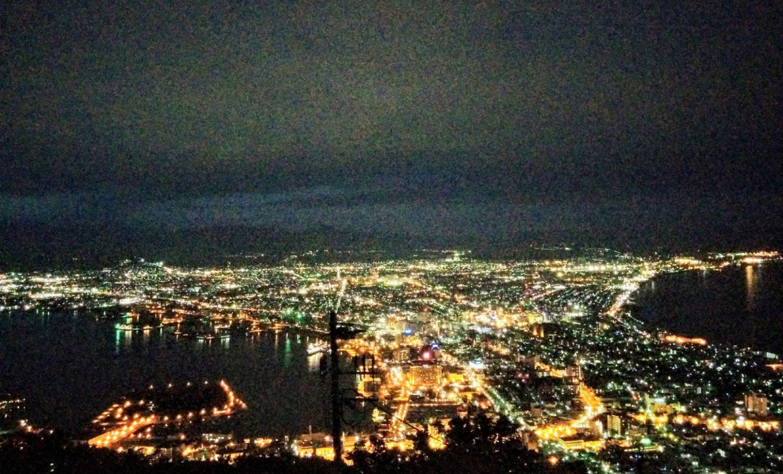 函館市函館山からの夜景です。